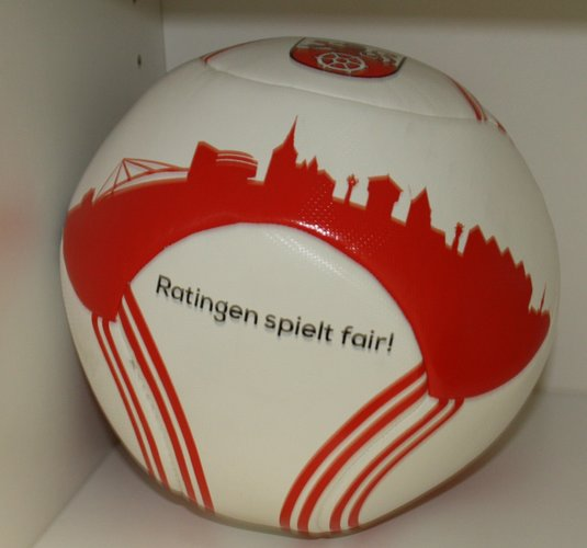 Fair Trade Fussball: 29,90 Euro